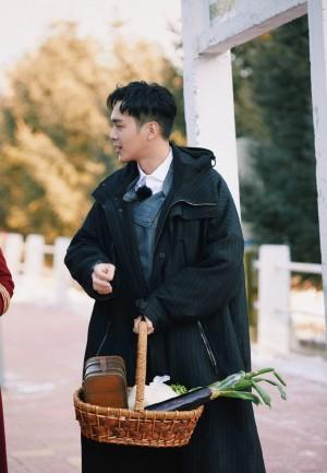 张若昀《明星大侦探5》十一期帅气剧照图片