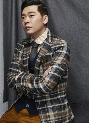 林继东曝绅士写真随性雅痞风