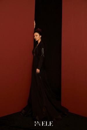 林源黑色西装优雅写真图片