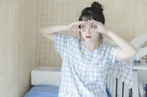 清新可愛日系小女生居家性感寫真