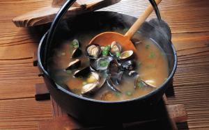 美味海鲜贻贝制作的美食俗称淡菜