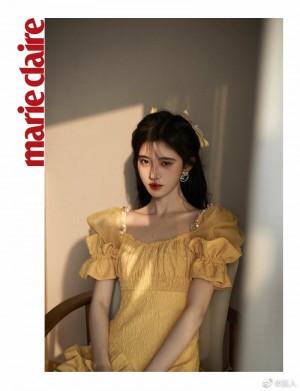 鞠婧祎泡泡袖连衣裙可爱精致写真图片