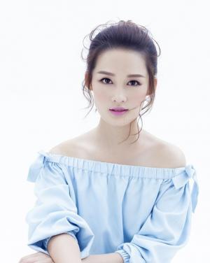 小花李沁清凉蓝色清新魅力写真
