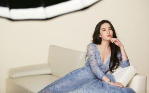 刘亦菲深v蕾丝长裙妩媚性感撩人高清桌面壁纸