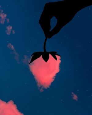 天空中的云朵创意浪漫摄影图片