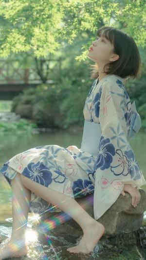 清纯和服美女甜美动人写真