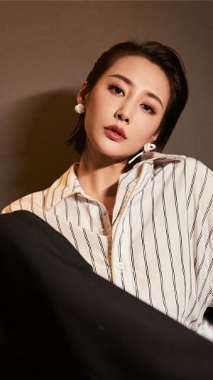 美女明星李纯个性手机壁纸图片