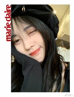 鞠婧祎黑色贝雷帽甜美迷人气质写真图片