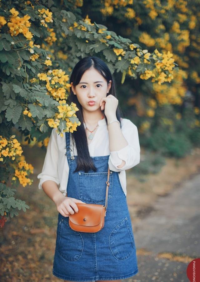 秋天的长发纯情妹子文艺安静写真