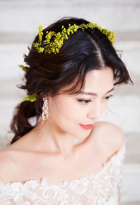 美女王妍之新娘写真清新似花仙子