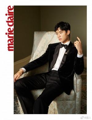龚俊黑色丝绒西装贵气精致绅士写真图片