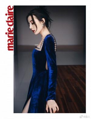 迪丽热巴宝蓝色丝绒高定礼服气质绝尘写真