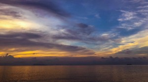 大海上的黄昏优美迷人风光