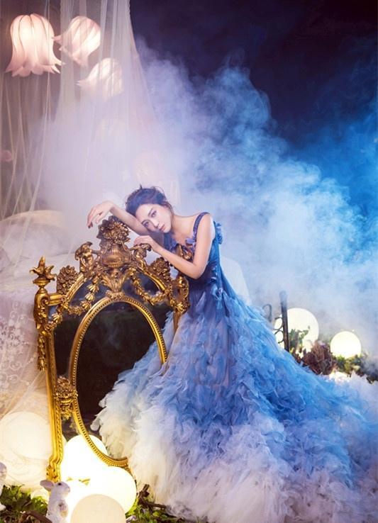 杜若溪唯美写真仙气十足 蓝色长裙优雅动人写真