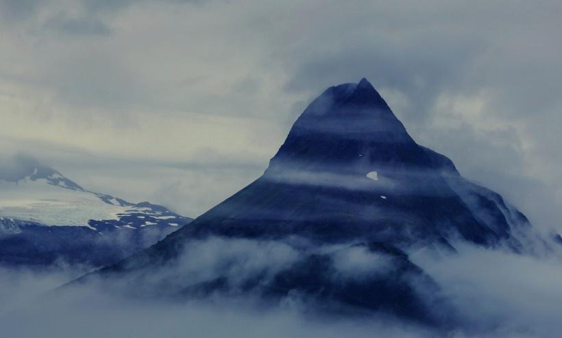 高山云海景色图片