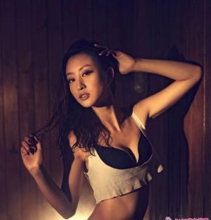 西安性感正妹安瑞萍的浓厚色彩