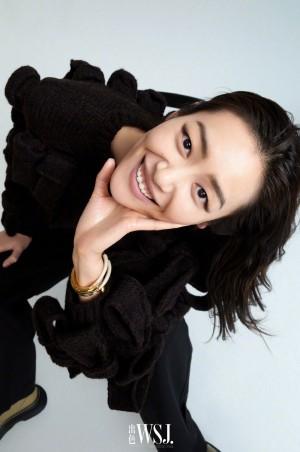 刘雯出色开年封面酷女孩写真图片