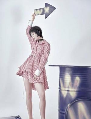 吴昕百变造型变身时尚女魔王