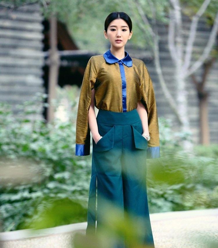 毛晓彤时尚气质帅气写真