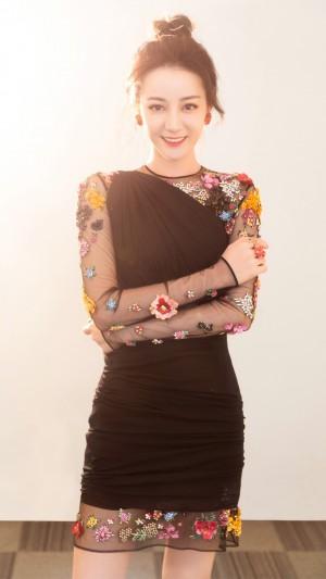 迪丽热巴甜美可爱性感女人味写真手机壁纸