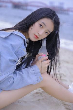 海边沙滩少女柴蔚日系写真