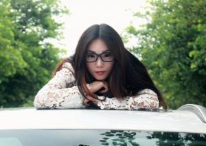 旗袍美女车模凹凸有致高跟美腿魅力写真图片