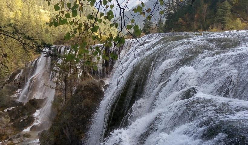 九寨沟珍珠滩瀑布